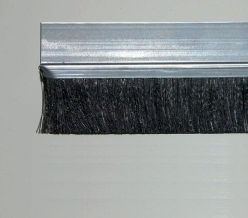1 meter Strip Brush FH25 Zinced Steel with PP black BrushHeight BH25 Total Height TH50