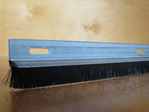 0.60+ m Spare FH23 Zinced Steel Black PP Brush BH17 Total Height TH40 Perforated 4.5x17.5