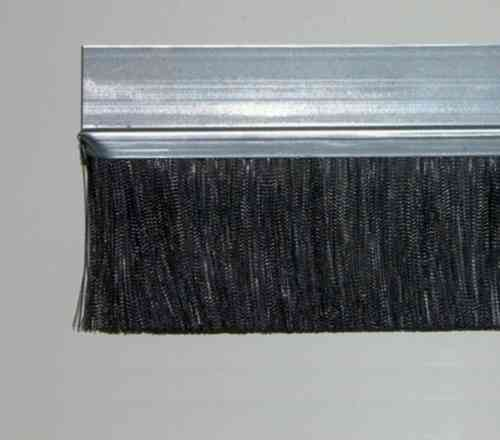 1 meter Strip Brush FH40 Zinced Steel with PP black BrushHeight BH60 Total Height TH100